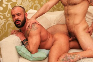 boys-next-bareback-gay-gayfucking-door-casting-couch01