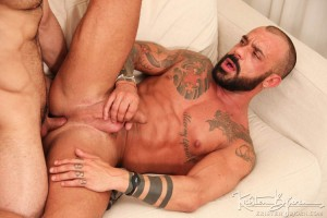 boys-next-bareback-gay-gayfucking-door-casting-couch09