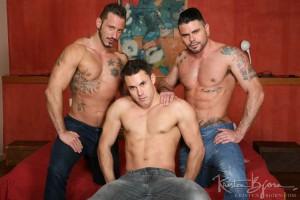 gay-bareback-tattoo-muscle-JamesCastle-AntonioMiracle-MarioDomenech-06