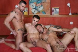 gay-bareback-tattoo-muscle-JamesCastle-AntonioMiracle-MarioDomenech-32