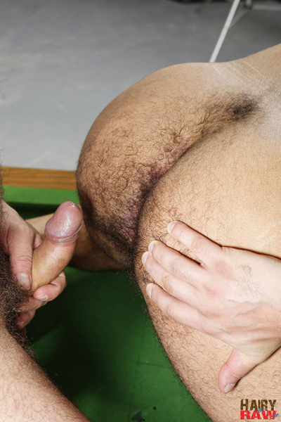 boysnextdoor-bareback-hairy-raw-3way--13